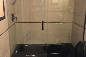 Heavy-Glass-Shower-Door-Frameless